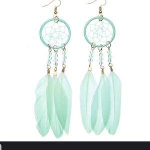 OMG!! Very Cute WindCatcher earrings in BLUE